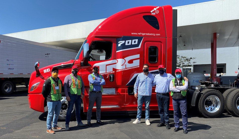 Freightliner introduce el Asistente Activo de Carril