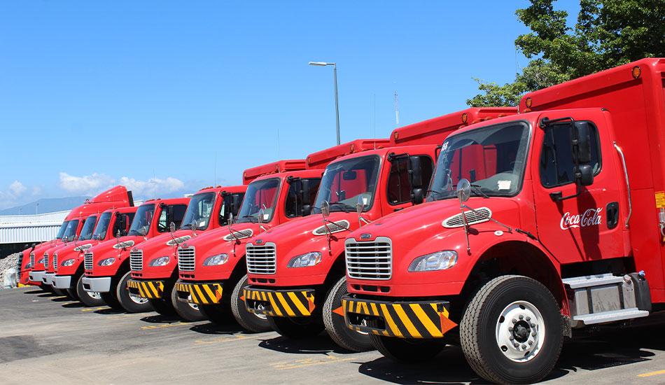 Embotelladora de Colima tiene 12 nuevos Freightliner