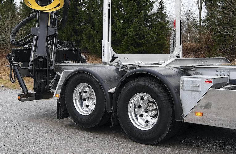 Camión Scania con eje de elevación
