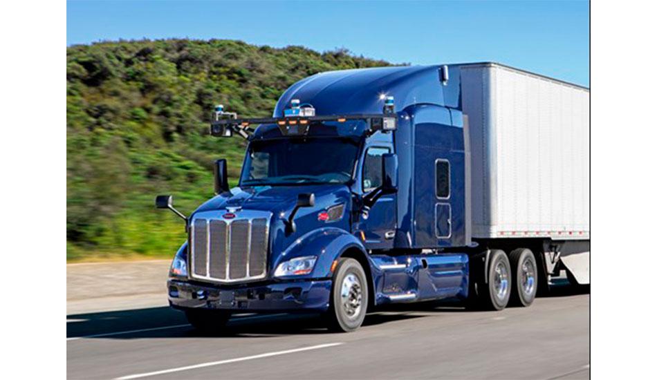 PACCAR forma alianza para camiones autónomos