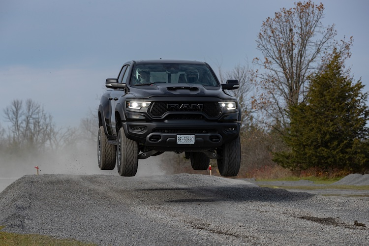 RAM 1500 TRX es nombrada pickup del año
