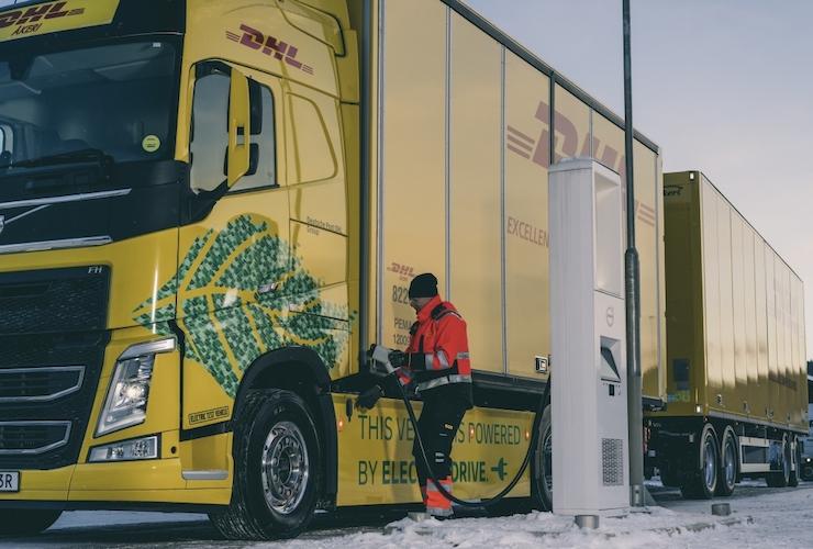 Eléctricos de larga distancia, meta de DHL y Volvo