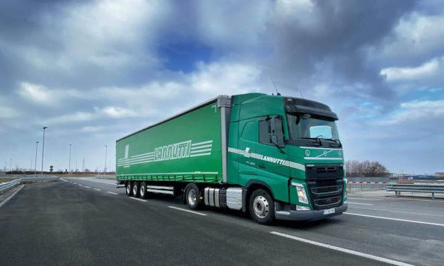 Empresa italiana compra 1,000 camiones Volvo FH