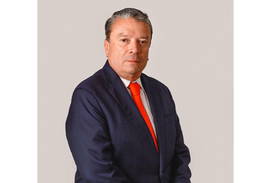 Héctor Flores, Concesionario Kenworth del Año 2020