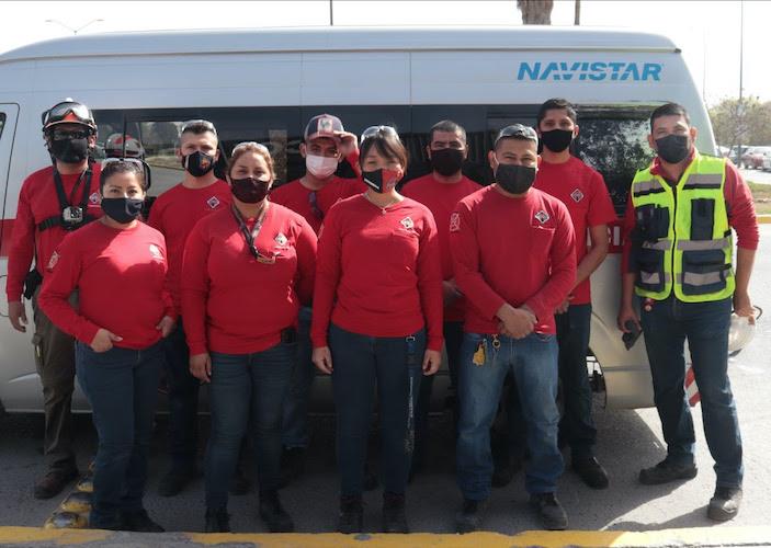 Brigadistas Navistar apoyanen combate a incendios