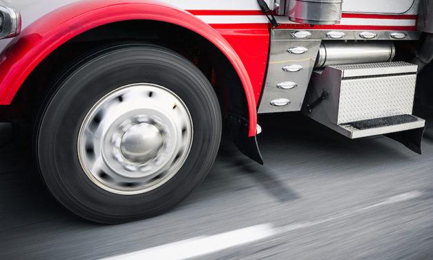 Cuida las llantas de tu camión del clima caluroso