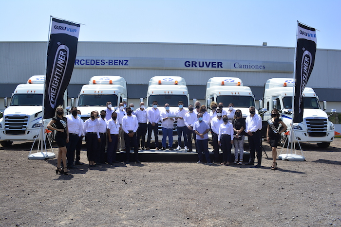 Grupo Costa Verde se fortalece con nuevos Freightliner