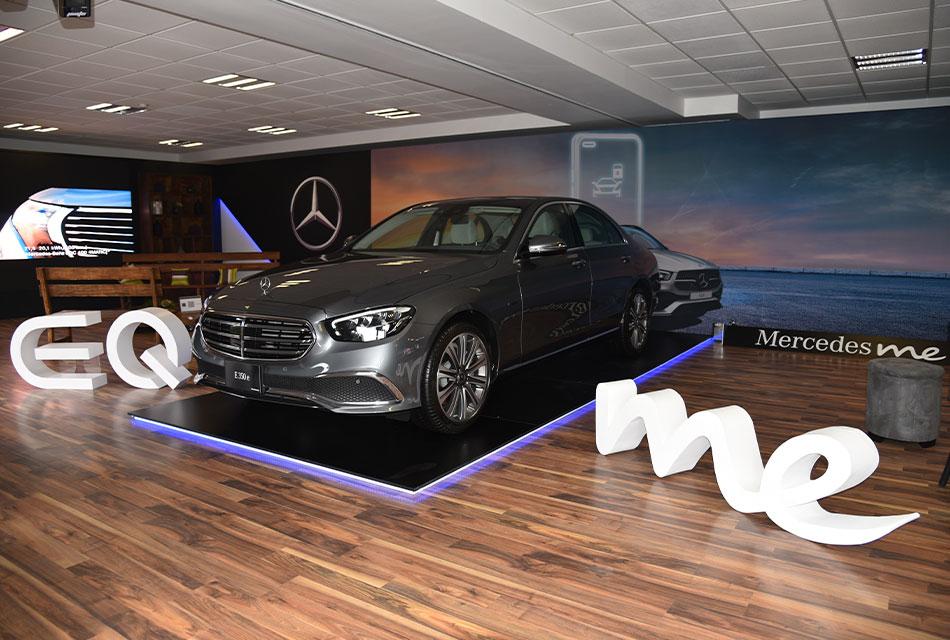 Actualizan app Mercedes me para conexión con autos