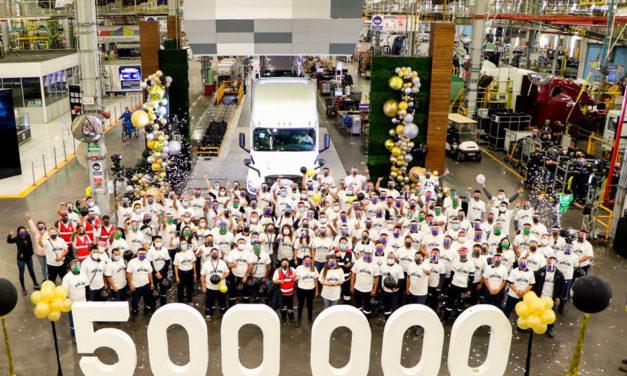 Produce Daimler Planta Saltillo la unidad 500,000