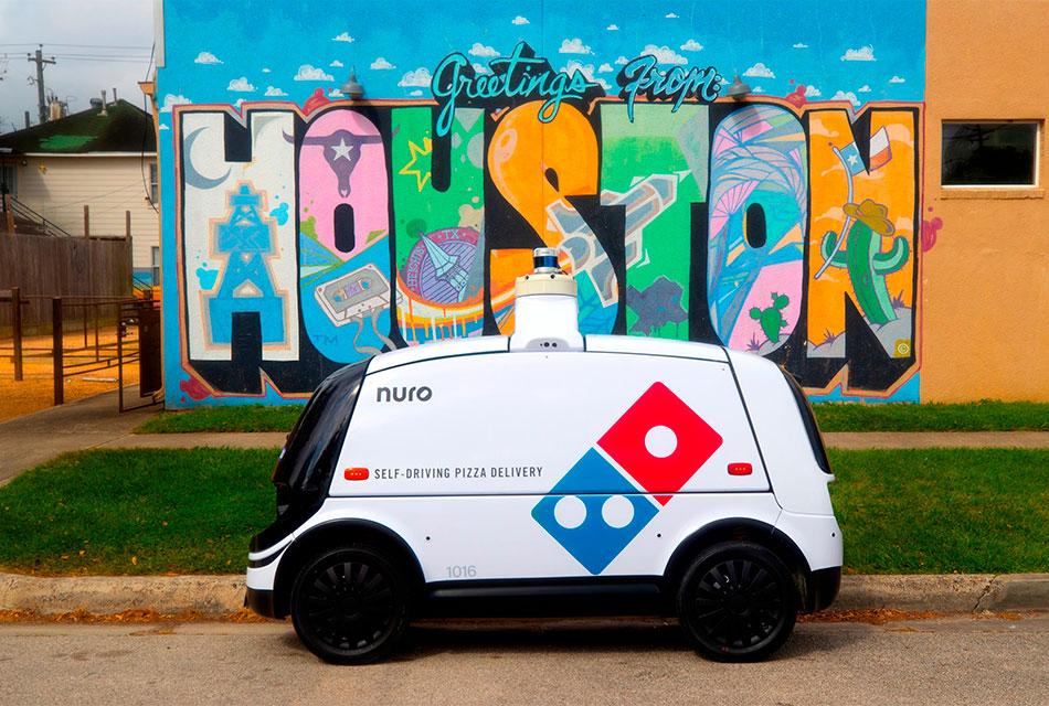 Primera entrega de pizza con vehículo robotNuro