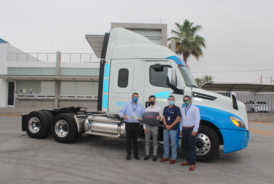 Freightliner entrega unidad Alpha Truck NCAS