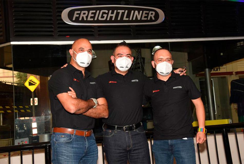 Inaugura Freightliner taller de servicio en KidZania