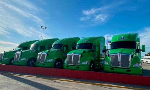 Jasso Logistics adquiere 10 nuevos Kenworth