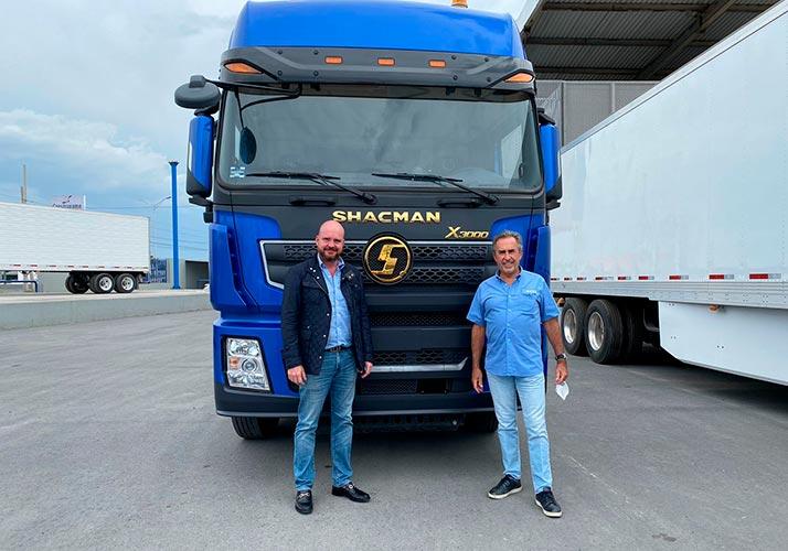 Camiones Shacman a prueba en el norte del país