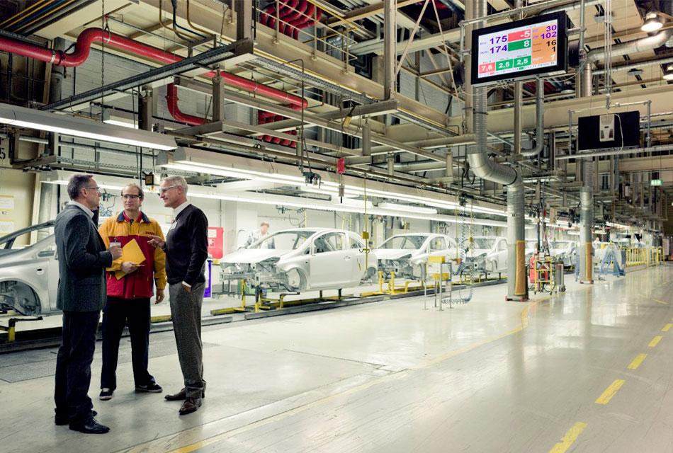 Plantea DHL los nuevos desafíos en la industria automotriz