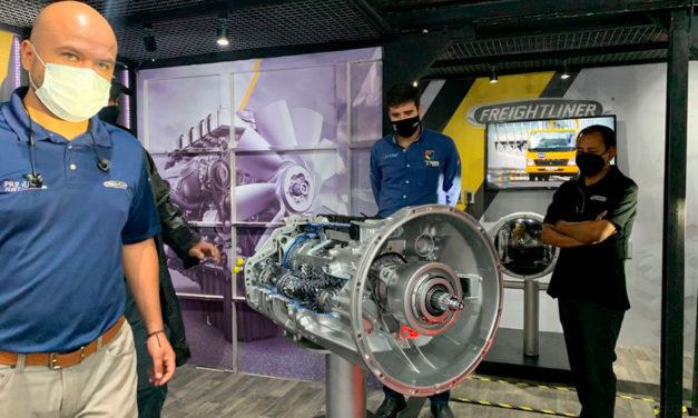 Continúa Daimler Trucks la Gira Freightliner en 2021