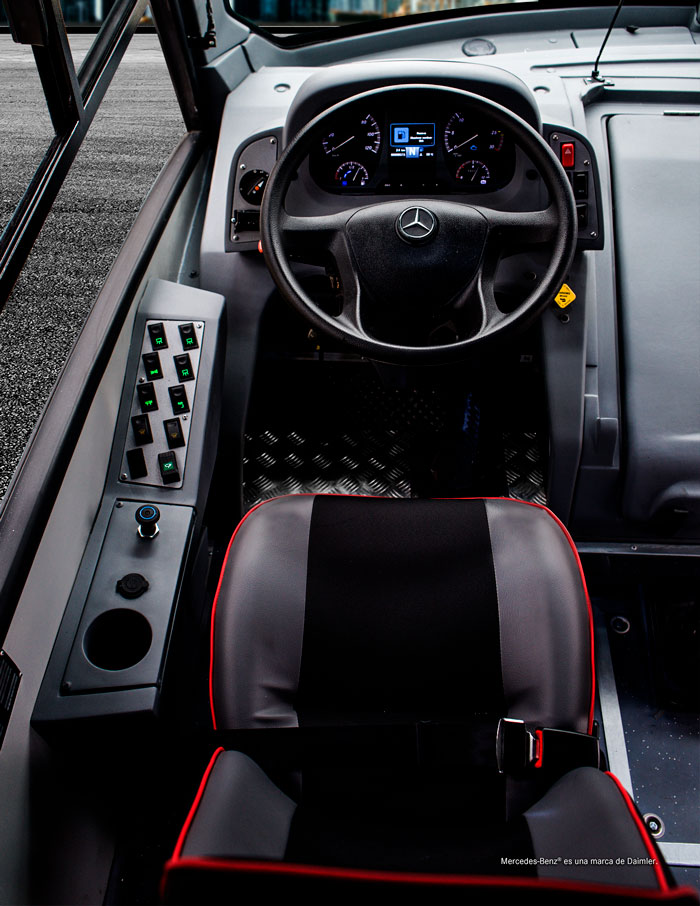interior Zafiro GT