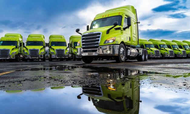 Auto Express Frontera Norte recibe 30 Cascadia