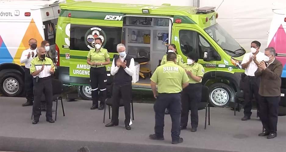 80 ambulancias para instituciones del Edomex