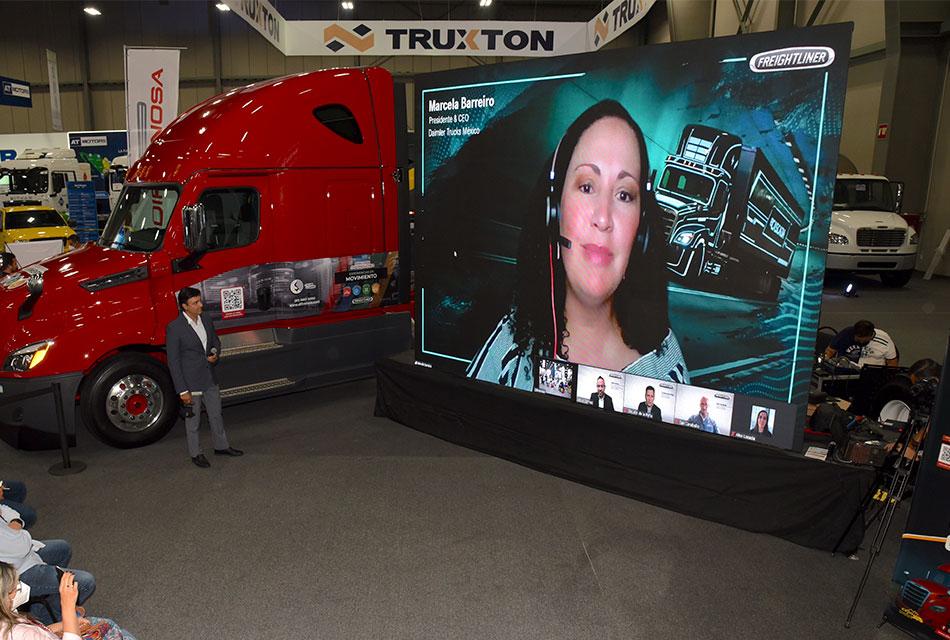 Daimler Trucks México conecta con sus clientes