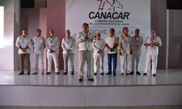 Encienden motores en Convención CANACAR 2021