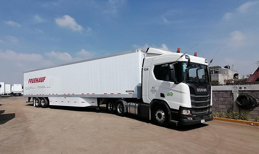 Fruehauf y Scania entregan equipos especializados