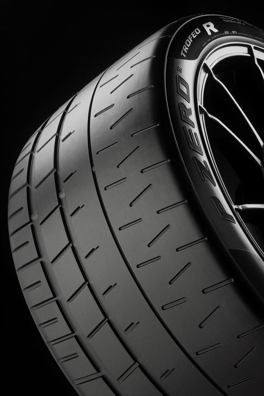 Pirelli_PZero_Trofeo-R_03